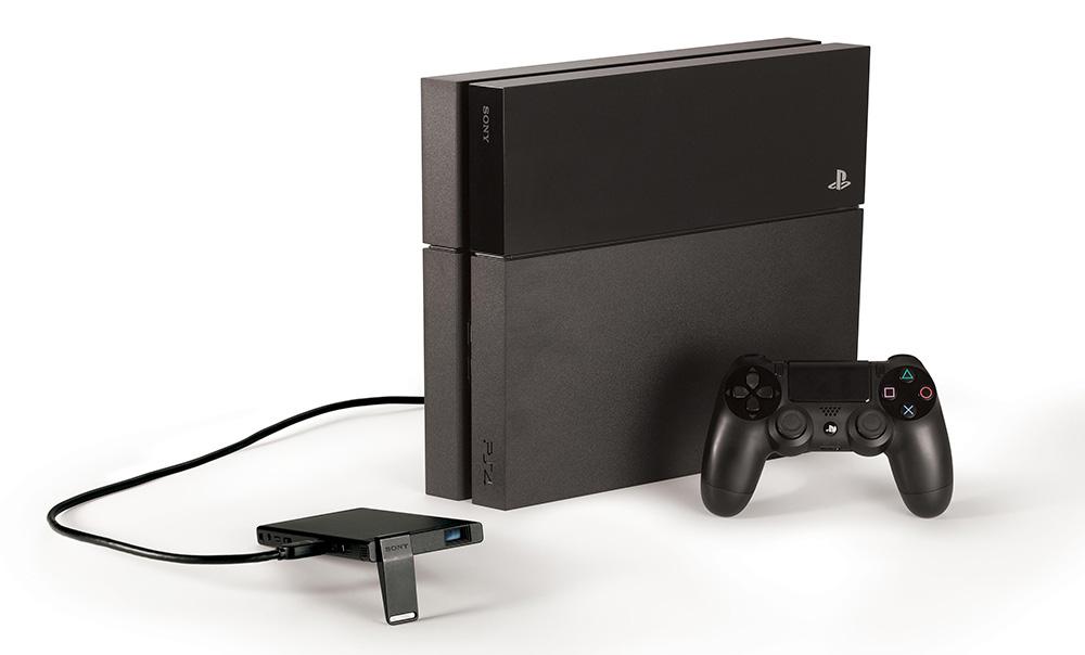 隨身攜帶的 PS4 用120 吋輕便投影機