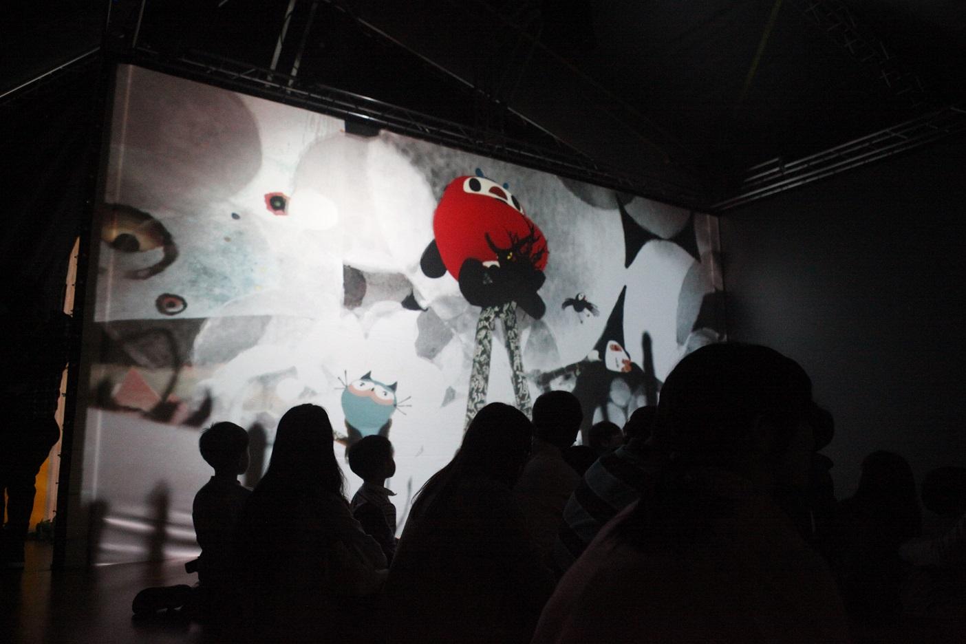 移動故事屋:立體環繞互動劇場概念設計