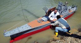 大砲巨艦主義的浪漫:可載人的戰艦大和模型